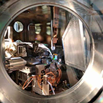 X-rays reveal why adding a bit of salt improves perovskite solar cells