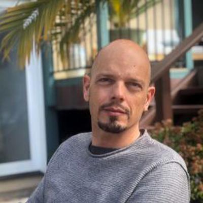 UC San Diego electrical engineer Massimo Franceschetti named a 2019 Guggenheim Fellow