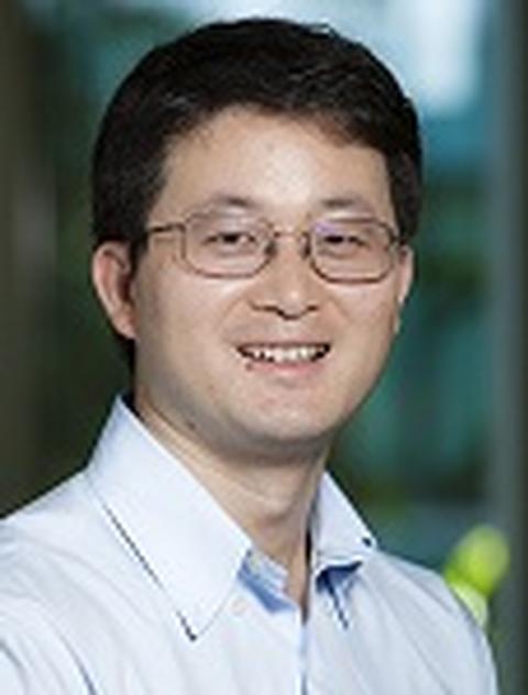 Photo of Liangfang Zhang
