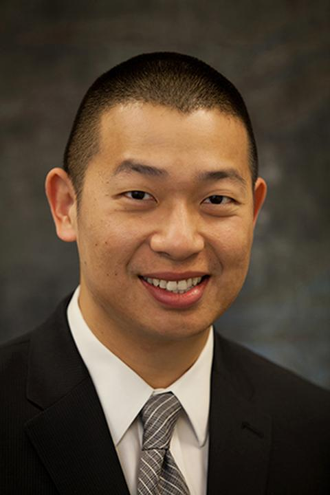 Photo of Kenneth Loh