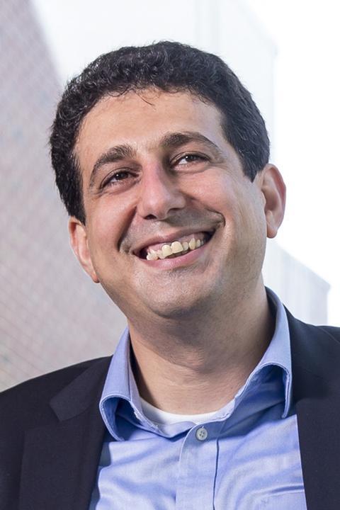 Photo of Hadi Esmaeilzadeh