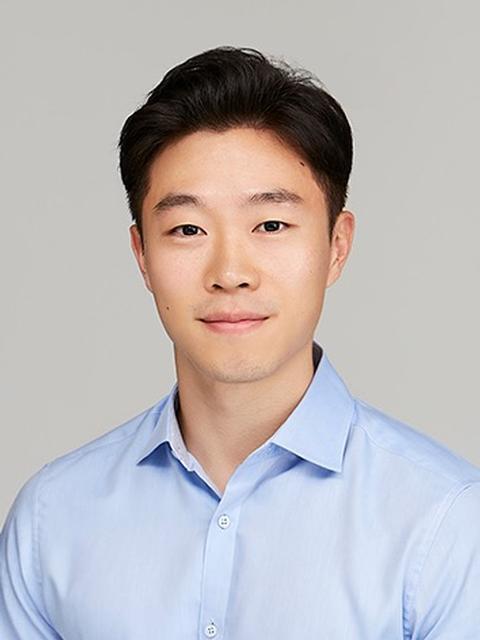 Photo of John Hwang