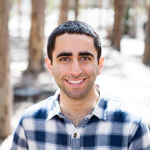 Photo of Alexander Moshiri