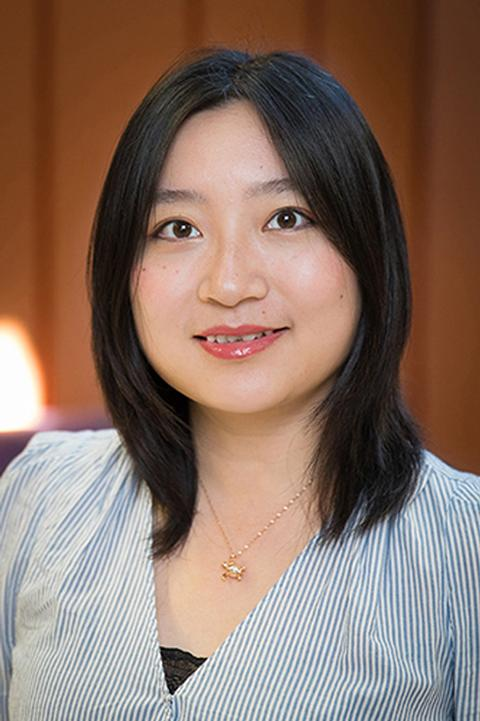 Photo of Yiying Zhang