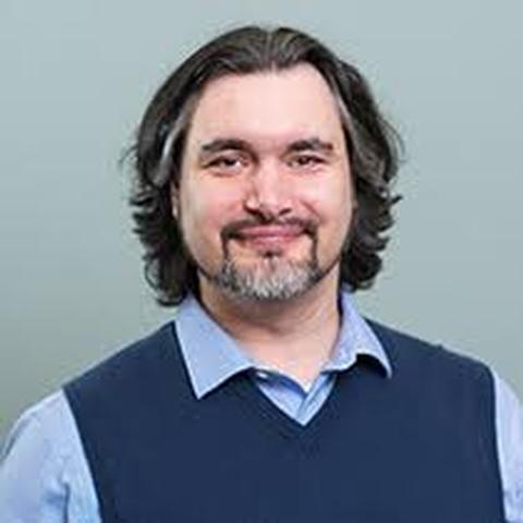Photo of Carlos Jensen